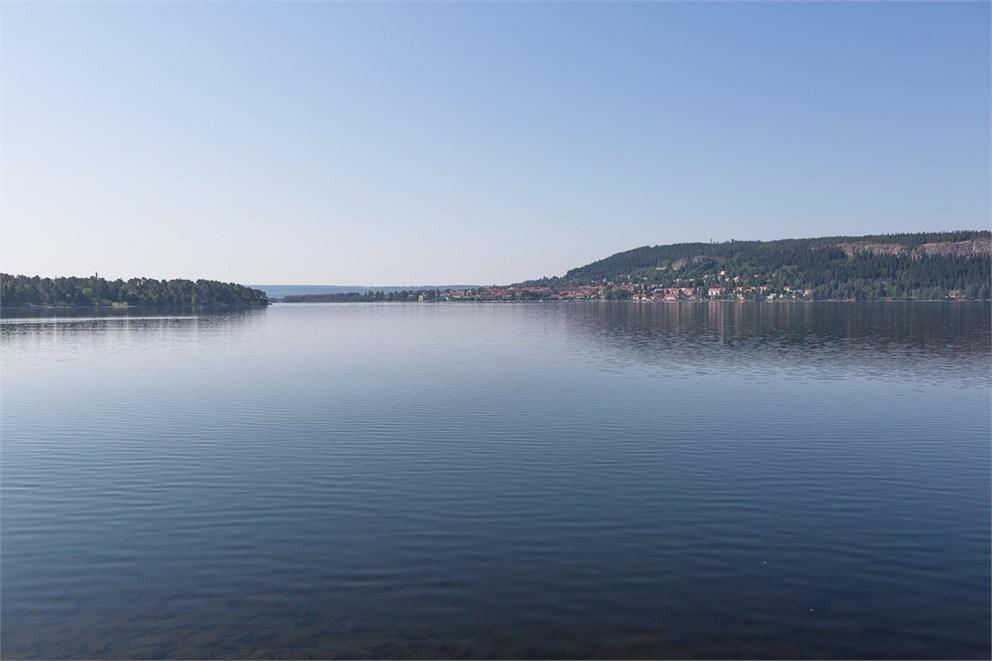 Nära sjön i Lugnvik