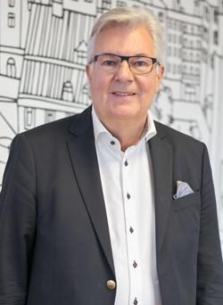 Lennart Leo