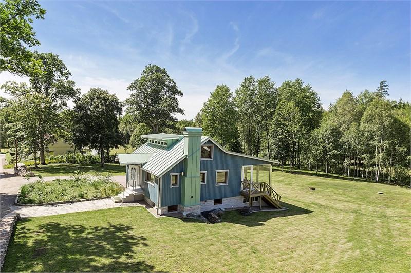 Nybyggd underhållsfri & energisnål villa