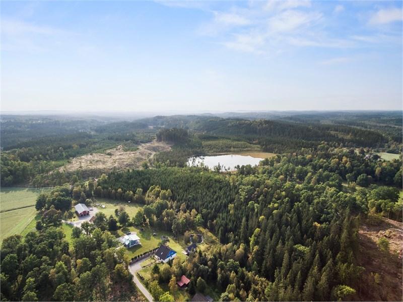 Underbart läge bland skog & sjöar