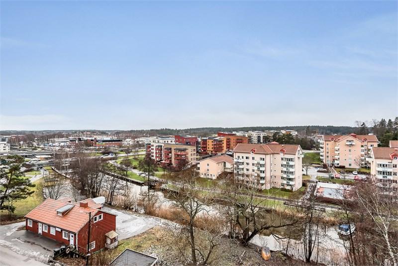 Utsikt från en av lägenheterna högst upp
