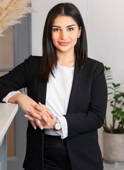 Sandra Naderi