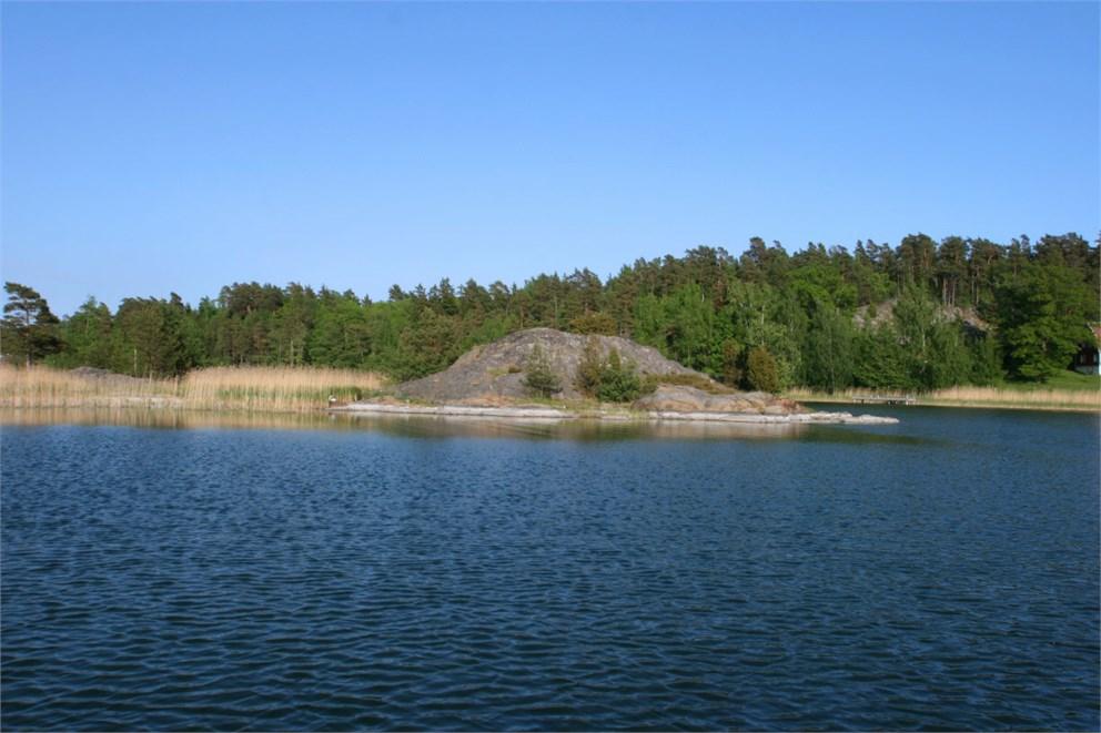 Ö i södra delen av Hamnvik