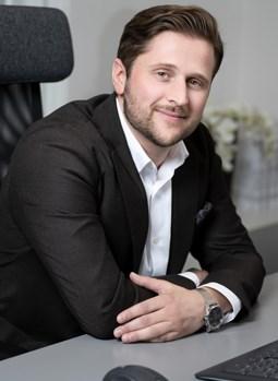 Dennis Stenström