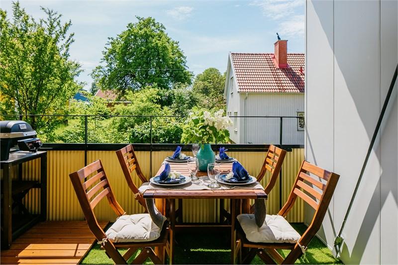 Möblerbar balkong i söderläge