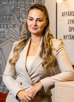 Anesa Crnovrsanin
