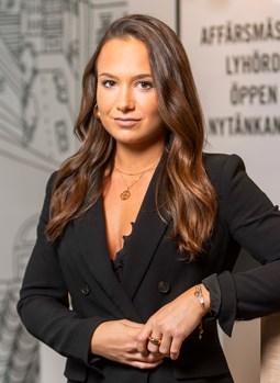 Elina Szabo